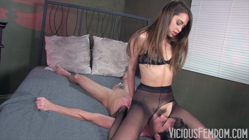 riley reid facesitting
