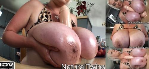 Melissa Manning   Lotion Breast Massage HD